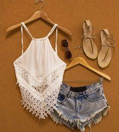 summer outfits fashion Love the top though i would pair it white blue linen pants.