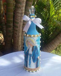 Evangelizando através da arte! Garrafa decorativa Nossa Senhora das Graças.