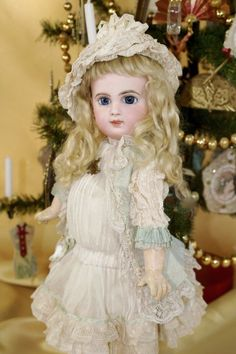 """Beautiful15"""" E6J with Blue Spiral Threaded Eyes"""