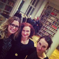 """Heike Braun und Susanne Lindner - die beiden """"Herzkammern"""" des Festivals. Ein Porträt von Anne Kathrin Brocks."""