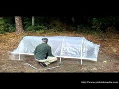 With Spring on its way, many gardeners will be dreaming about geodesic dome solar greenhouses, converted swimming pool hoop houses, or maybe a greenhouse built from old soda bottles. But there is an easier way to protect Pallet Greenhouse, Simple Greenhouse, Underground Greenhouse, Homemade Greenhouse, Large Greenhouse, Outdoor Greenhouse, Cheap Greenhouse, Portable Greenhouse, Greenhouse Effect