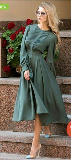 How to Wear: The Best Casual Outfit Ideas - Fashion Elegant Dresses, Pretty Dresses, Vintage Dresses, Beautiful Dresses, Modest Fashion, Fashion Dresses, Apostolic Fashion, Jw Mode, Dress Skirt