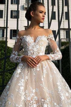 Milla Nova Bridal Wedding Dresses 2017 azalia2 / http://www.himisspuff.com/milla-nova-bridal-2017-wedding-dresses/10/