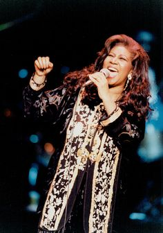 View and license Aretha Franklin pictures & news photos from Getty Images. Detroit Michigan, Soul Musik, Beautiful Black Women, Beautiful People, Divas Pop, Music Icon, 50s Music, Female Singers, Soul Singers