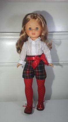 Vestidos para nancy, ropa nancy, vestidos Nancy Sewing Doll Clothes, Sewing Dolls, Antique Dolls, Vintage Dolls, Vestidos Nancy, American Girl, Nancy Doll, Barbie And Ken, Doll Patterns
