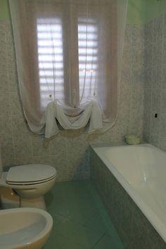 Dai un'occhiata a questo fantastico annuncio su Airbnb: Aphorisme B&B chambre violet a Mascali