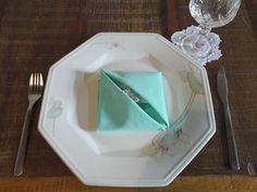 Como dobrar guardanapos e deixar sua mesa mais elegante | Vila do Artesão