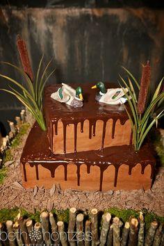 Kari smith or laura o`toole. Josh an shane need a cake like this!