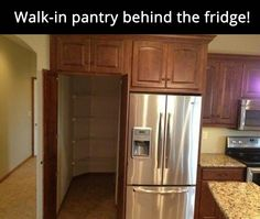 Walk-in pantry that looks built-in! If I could have this and the walk-in icebox from Home Improvement, I'd be set! Walk-in pantry that looks built-in! Kitchen Pantry, New Kitchen, Kitchen Decor, Pantry Room, Kitchen Ideas, Pantry Cabinets, Pantry Closet, Kitchen Storage, Kitchen Organization