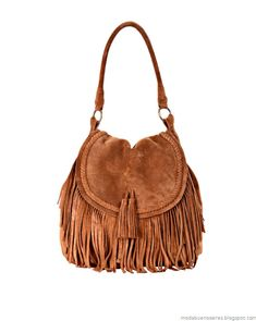 Discover recipes, home ideas, style inspiration and other ideas to try. Leather Shoulder Bag, Leather Bag, Feminine Mode, Fringe Bags, Boho Bags, Hippie Chic, Purse Wallet, Everyday Fashion, Saddle Bags