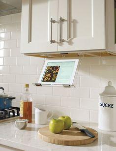 Organized Kitchen Cabinets   http://shewearsmanyhats.com/organized-kitchen-cabinets/