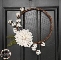 Chicken Wire Wreath, Burlap Dahlia Flower with Cotton Picks, Rustic Hoop Wreath, Farmhouse Wreath by VirgiesTreasures on Etsy