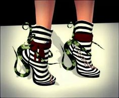 From Whims Goth Fair, these short boots have a definite Beetlejuice flair about them Oscar Wilde, Tim Burton, Cute Shoes, Me Too Shoes, Awesome Shoes, Pretty Shoes, Women's Shoes, Burton Shoes, Beetlejuice Costume