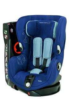 Axiss - Dress Blue - O que torna este produto único?  - 8 posições confortáveis, da sentada à semi-deitada - Cresce com o seu filho; arnês e apoio de cabeça ajustáveis  - O assento gira 90º para a esquerda e para a direita para que possa instalar a criança