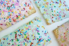 Never thought to make homemade pop tarts... now I am determined to make them soon. PS I love sprinkles.