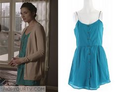 Allison Argent (Crystal Reed) wears this blue cami button front dress in this episode of Teen Wolf. It is the Volcom Shadow [...]