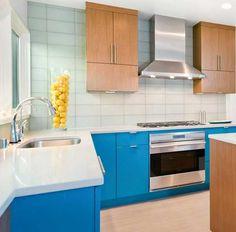 Verde, azul roja, amarilla… si todavía no te defines sobre el mejor color para tu cocina, aquí te dejamos algunas ideas para que te sirvan de inspiración.