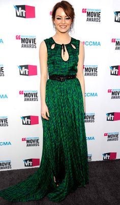 Emma Stone was everywhere over the past year with multiple big-screen hits and countless red carpet appearances. Emma Stone, Vogue Fashion, Star Fashion, Celebs, Celebrities, Girl Crushes, Red Carpet Fashion, Green Dress, Dress To Impress