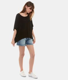 Look d'été Sud Express, le top BLUME, le short SMASHING et les baskets TORTUGA. #sudexpress #look #summer Look Urban Chic, Sud Express, Casual, Bermuda Shorts, Baskets, Sportswear, Art Pieces, How To Make, Women