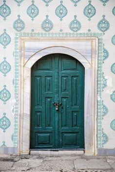 & portas linda e coloridas | Doors Turquoise and Front doors pezcame.com