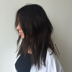 Brunette Balayage for Thick Hair - 50 Cute Long Layered Haircuts with Bangs 2019 - The Trending Hairstyle Medium Shaggy Hairstyles, Layered Haircuts With Bangs, Bob Hairstyles For Thick, Haircut For Thick Hair, Sleek Hairstyles, Cool Haircuts, Thick Haircuts, Wedding Hairstyles, Homecoming Hairstyles