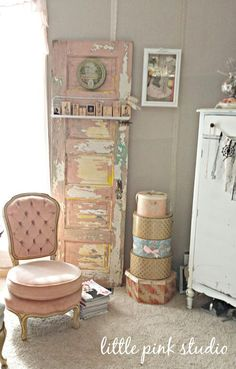 Love this idea of the walls covered in fabric -  unbleached muslin and the seams are  covered all the way around the room with different vintage laces over a vintage satin ribbon. Shabby Chic Bedrooms, Shabby Chic Cottage, Shabby Chic Style, Cottage Style, Shabby Chic Homes, Shabby Chic Furniture, Furniture Redo, French Cottage, Furniture Ideas