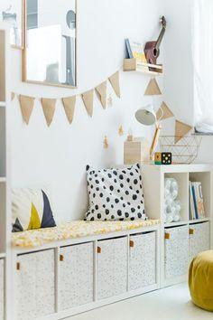 Anzeige// Unser Spielzimmer und 6 Dinge, die jeden Raum im Handumdrehen dazu mac… Advertisement // Our playroom and 6 things that turn any room into an instant plus Ikea hack for dots: ‹fräulein flora PHOTOGRAPHY Diy Ikea Hacks, Ikea Hack Kids, Ikea Kids Room, Bedroom Hacks, Ikea Bedroom, Bedroom Ideas, Baby Zimmer Ikea, Playroom Decor, My New Room