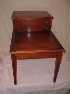 Vintage Leather Top Mahogany End/side Table Mid-century Modern #2 Night Stand