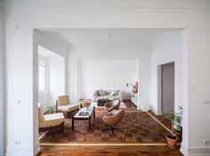 Aboim Inglez Arquitectos overhauls 1930s apartment in Lisbon