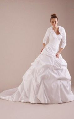 Halter Court Train A-line Wedding Dresses With Beading Pick-Ups