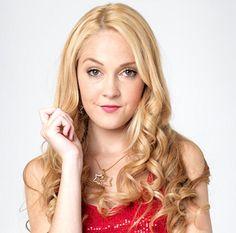 Lumilia super mean to violetta Disney Junior, Violetta And Leon, Violetta Disney, Disney Channel Stars, Ambre, Love To Meet, Celebrity Photos, Favorite Tv Shows, Tv Series