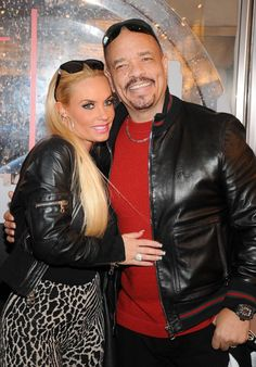 Ice-T and Coco Shop at Town Square Las Vegas...I love these two! You can tell they really love each other. So sad to hear they are having issues. I hope it's all a lie.