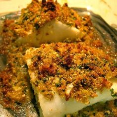 Herb-Crusted Cod Fillets and Scalloped Potatoes - Used almond flour, I thought that was clever Catfish Recipes, Trout Recipes, Cod Recipes, Seafood Recipes, Wine Recipes, Cooking Recipes, Healthy Recipes, Italian Dishes, Italian Recipes
