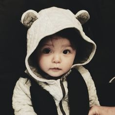 Cute Baby Pictures, Baby Photos, Cute Baby Boy, Cute Kids, Kids Boys, Baby Kids, Superman Kids, Baby Park, Ulzzang Kids