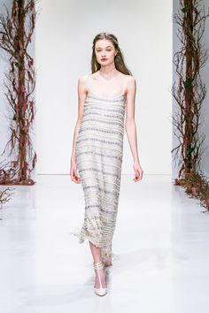 http://www.vogue.com/fashion-shows/fall-2016-ready-to-wear/rachel-zoe/slideshow/collection