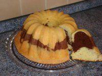 Dvojfarebná olejová bábovka Muffin, Rolls, Pound Cakes, Buns, Breakfast, Sweet, Food, Morning Coffee, Candy