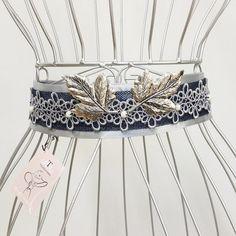 El tocado corona y la pulsera de Laia AUTÉNTICAS JOYAS  90adf462d589