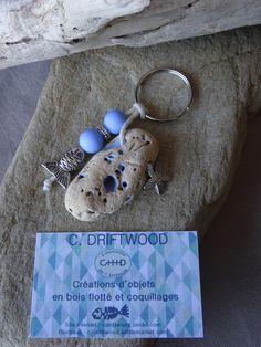 Driftwood Jewelry, Driftwood Projects, Driftwood Art, Summer Diy, Summer Crafts, Diy Keychain, Keychains, Deco Marine, Sea Glass Crafts