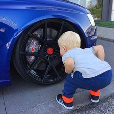that Audi 🤗 Allroad Audi, Audi Rs4, Audi Quattro, Vw Bus, Volkswagen, Kids Kiss, Vw Golf Mk4, Man Humor, Funny Cute