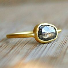 I always wanted an engagement ring that was unique... Something like this would have been awesome oh well!