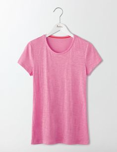 The lightweight fabric makes this tee extra comfortable to wear, while the semi-fitted design is super flattering. What's not to love? Team with laid-back jeans on off-duty days or a pencil skirt and jacket for an effortless 9-to-5 look.