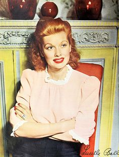 Lucille Ball, 1943. She looks an awful lot like Maureen O'Hara in this picture