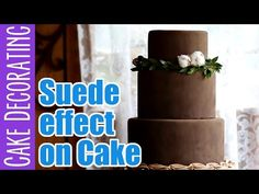 A super easy tutorial to create a soft, powderey effect on your fondant cake. It's a lush effect that looks like suede, it looks great in chocolate, white or. Fondant Tips, Fondant Cakes, Cupcake Cakes, Cupcakes, Cake Youtube, Cake Decorating Tutorials, Velvet Cake, Sugar Art, Cake Tutorial