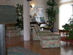 L'hôtel Atlantide, à Biscarrosse Ville.  http://www.biscarrosse.com/Hotels,2