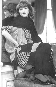 Loulou de la Falaise, photo by Weed Tracy, Vogue Italia, January 1978 Ysl, Yves Saint Laurent, Saint Laurant, Irish Fashion, Le Smoking, See Through Blouse, Rive Gauche, Ella Moss, Stylish Girl
