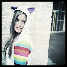 95d29e77f064 iJustine media gallery on Coolspotters. See photos