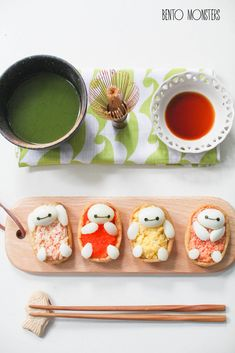 Cute Baymax sushi lunch featuring scrambled eggs from Bento Monsters! See how to do it on her blog.