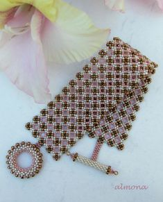 Foto: Maze Lace Pattern: Trytobead
