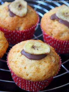 Loose-tasty banana muffins – chocolate heaven – Famous Last Words Nutella Cheesecake, Nutella Brownies, Muffins Sains, Nutella Muffins, Chocolate Heaven, Vegan Ice Cream, Healthy Muffins, Baking Cupcakes, Food Cakes