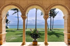 Spectacular Palm Beach home tour of an Italian style villa. Designed by architect Jeffrey W. Smith, this Florida estate was once owned by an English Lord.